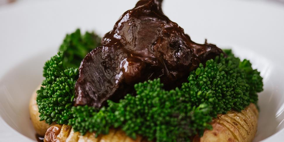 Hilton Garden Inn, Garden Grille - Braised ox cheek (14).jpg