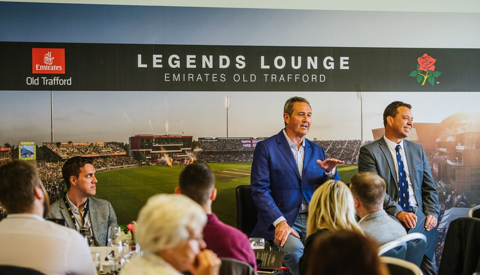rsz_legends_lounge_hospitality_emirates_old_trafford.jpg